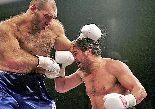 Valuev_Boxer
