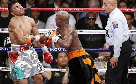 Floyd-Mayweather-Jr-vs-Victor-Ortiz 1