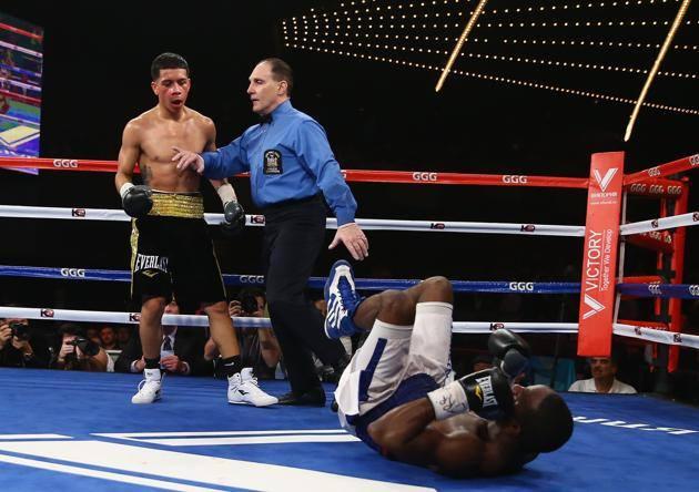 Joel Diaz Jr. knocks down Bryne Green