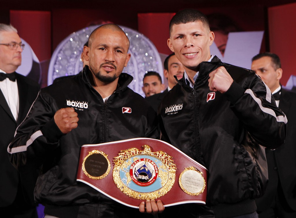 Orlando-Salido-vs-Rocky-Martinez
